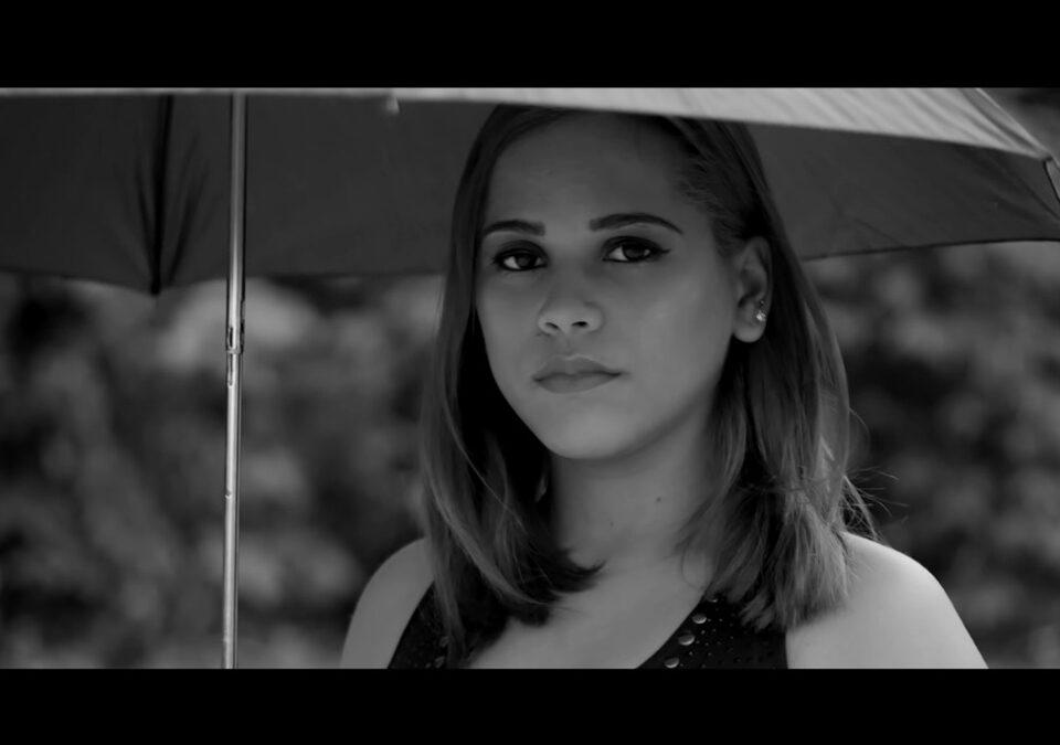 Virginia Alvarado dedica su último sencillo 'Ya No Estás' a su padre fallecido