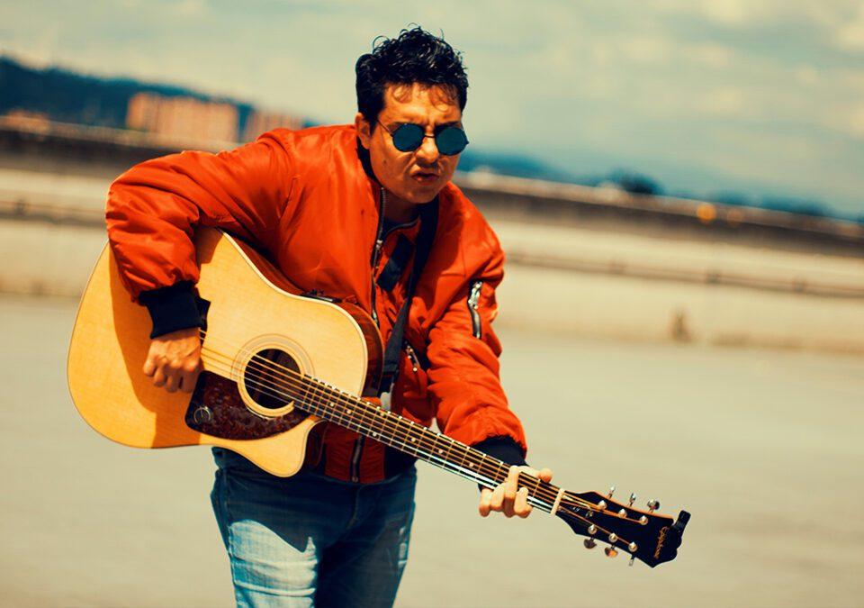 """El cantautor colombiano Alejo Cruz presenta """"DUALIDAD"""""""
