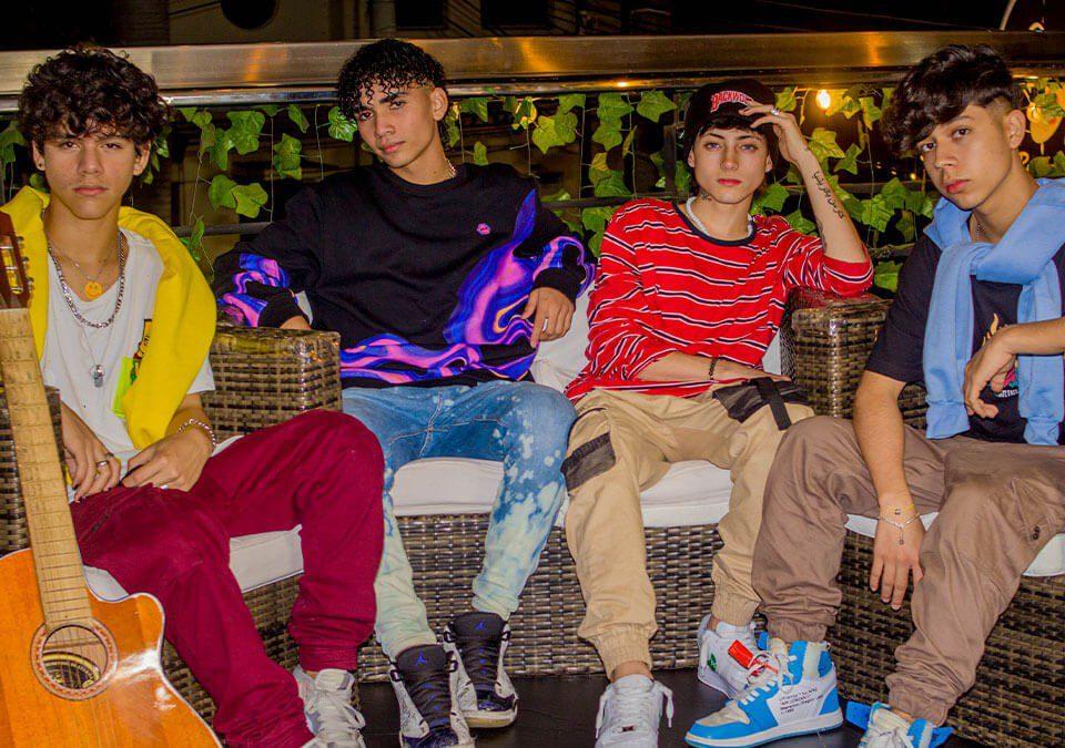 La Boy band colombiana CrushFive esta de lanzamiento con el cover Pretend