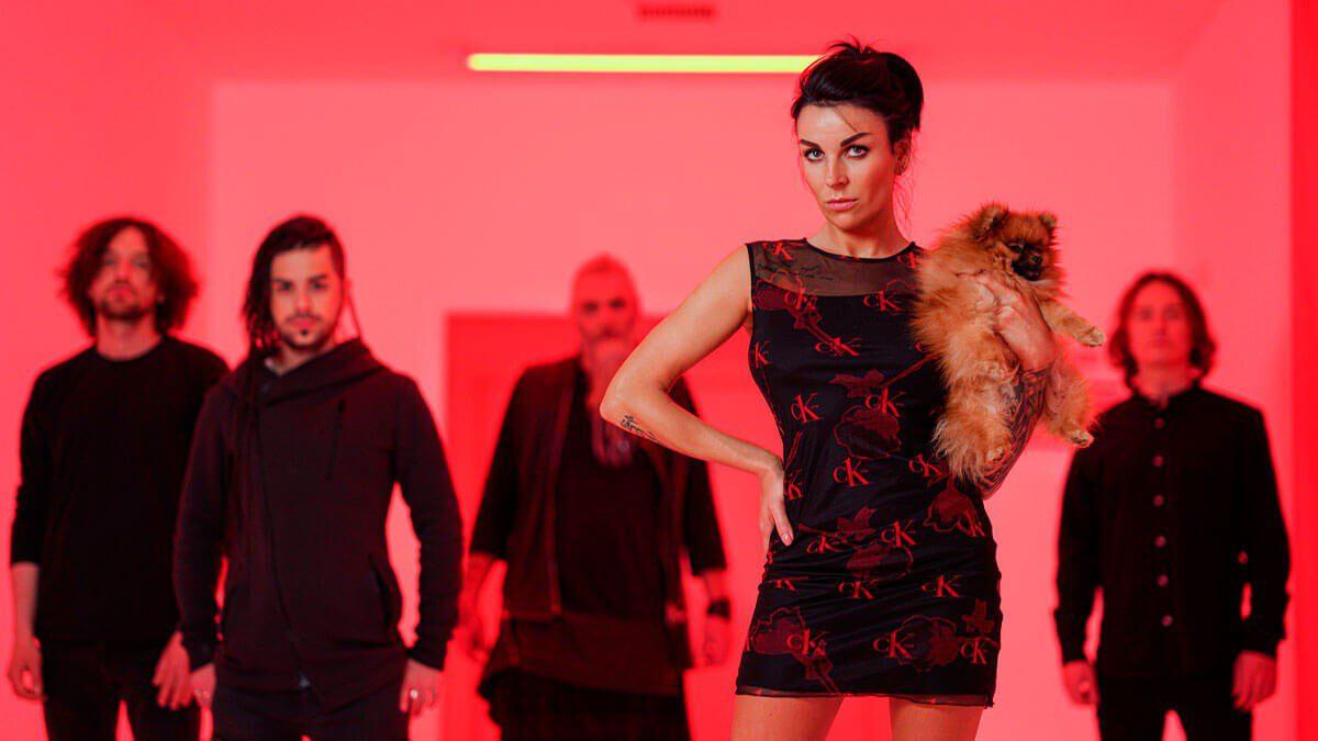 """La banda sueca Insammer lanza el video musical oficial de la nueva canción """"Vampires"""""""